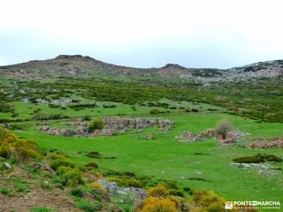 Montaña Palentina-Fuentes Carrionas; viajes puente de mayo paseos por madrid la najarra puente mayo